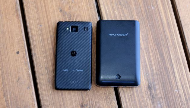 RAZR MAXX HD left, RAVPower Deluxe right